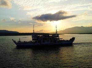 Sunrise Indah di atas kapal ferry