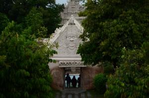 Salah satu gerbang menuju Taman sari