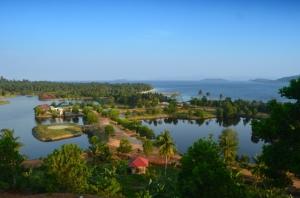 Ini nih, villa + pantainya sangat terawat dengan baik