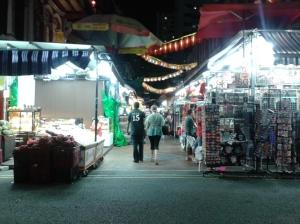 Salah satu sudut di Chinatown (karena udah terlalu malam jadinya sepi)