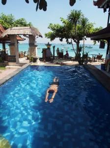Walaupun pool nya kecil tapi masih asik ko :p | shoot by mas Ridlo