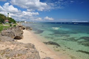 Pantai Tebing Karang