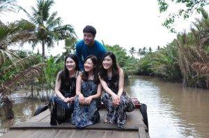3 gadis korea yang seperahu sama kita, sayang pemalu (re: saya) haha