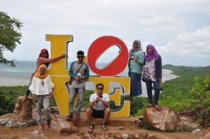 Bukit Love